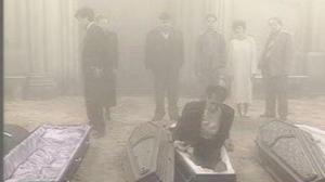 Os mortos deixam seus caixões.